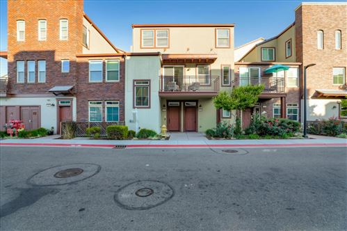 Photo of 330 Bautista PL, SAN JOSE, CA 95126 (MLS # ML81820197)