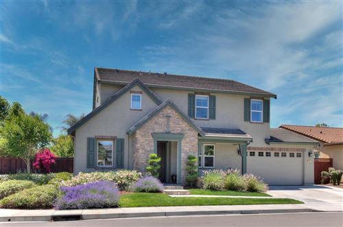 Photo of 465 Bel Air WAY, MORGAN HILL, CA 95037 (MLS # ML81794199)