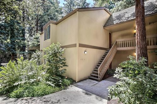 Photo of 505 Cypress Point Drive #11, MOUNTAIN VIEW, CA 94043 (MLS # ML81846199)