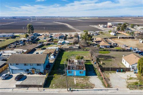 Photo of 319 Addington LN, SALINAS, CA 93907 (MLS # ML81826200)