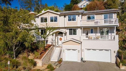 Photo of 22 Terrace Avenue, HALF MOON BAY, CA 94019 (MLS # ML81865202)