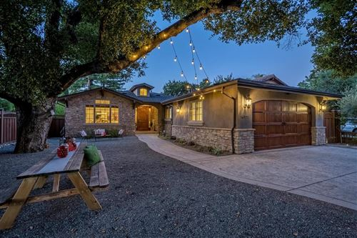 Photo of 16971 Placer Oaks RD, LOS GATOS, CA 95032 (MLS # ML81798203)