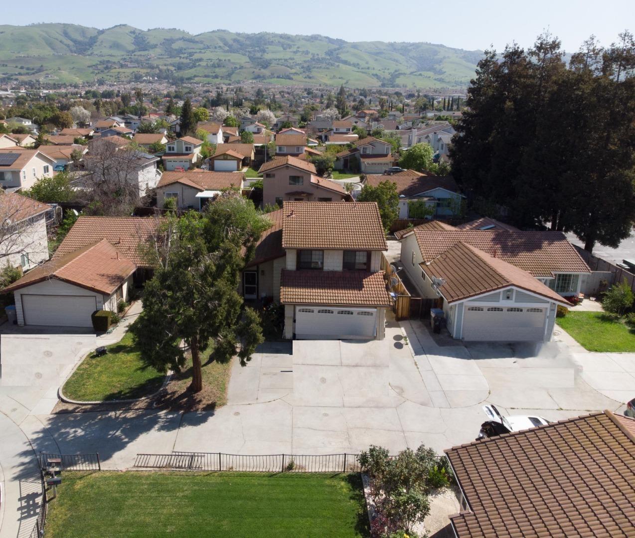 3254 Fallen Oak CT, San Jose, CA 95148 - #: ML81838213