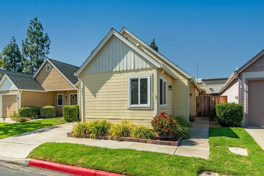 Photo for 741 Mei Drive, MORGAN HILL, CA 95037 (MLS # ML81862213)