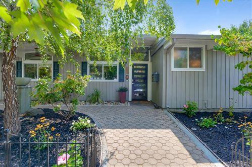 Photo of 494 Cypress ST, REDWOOD CITY, CA 94061 (MLS # ML81807214)