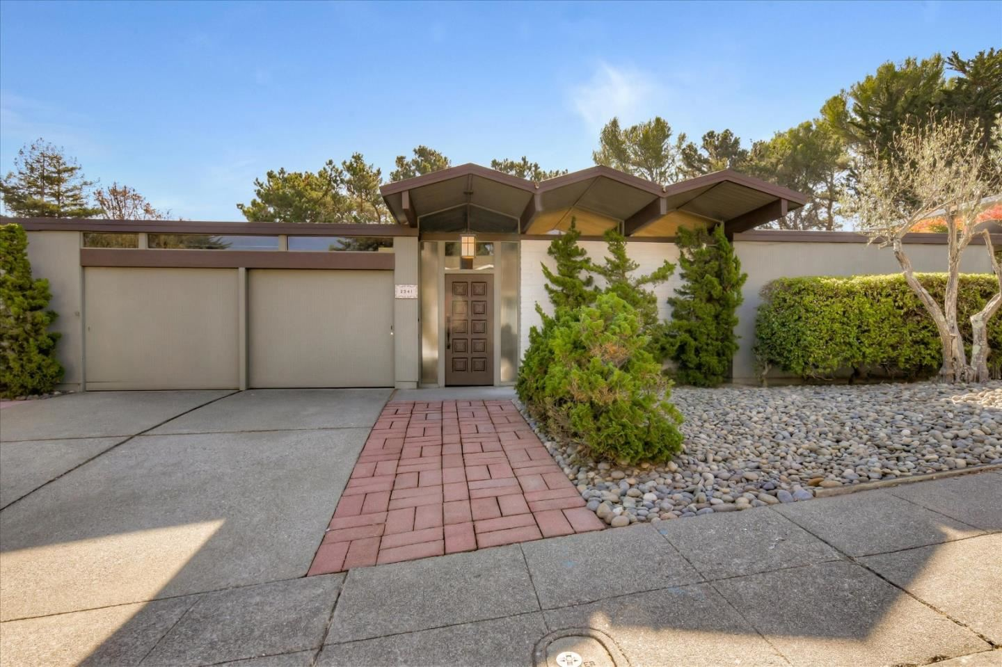 Photo for 2941 Dolores WAY, BURLINGAME, CA 94010 (MLS # ML81830216)