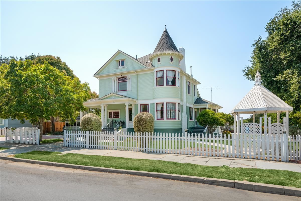 712 West Street, Hollister, CA 95023 - MLS#: ML81860217