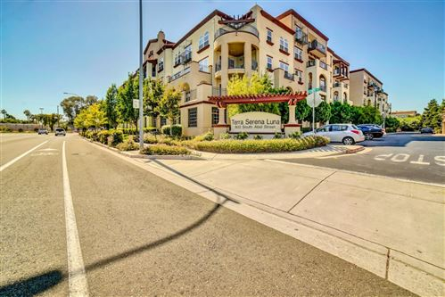 Photo of 800 S Abel ST 312 #312, MILPITAS, CA 95035 (MLS # ML81798222)