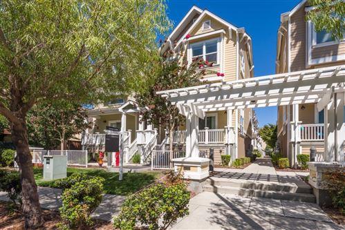 Photo of 1939 Newbury Drive, MOUNTAIN VIEW, CA 94043 (MLS # ML81862223)