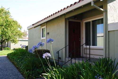 Photo of 244 Crestview Drive, WATSONVILLE, CA 95076 (MLS # ML81863226)