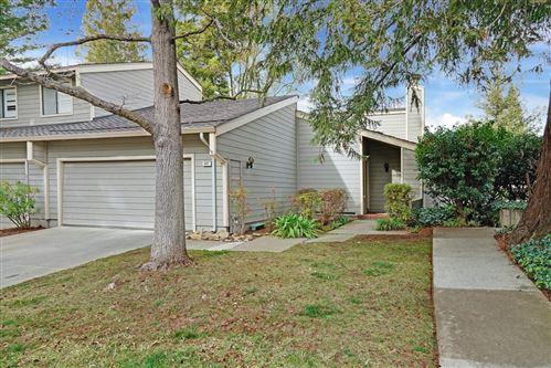 Photo of 407 Clearview DR, LOS GATOS, CA 95032 (MLS # ML81829228)