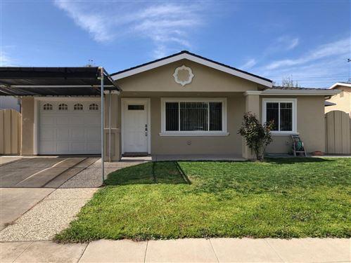 Photo of 3183 Manda Drive, SAN JOSE, CA 95124 (MLS # ML81836231)