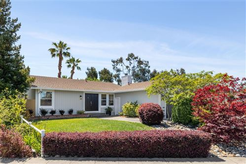 Photo of 511 Pennant Court, Redwood Shores, CA 94065 (MLS # ML81847232)