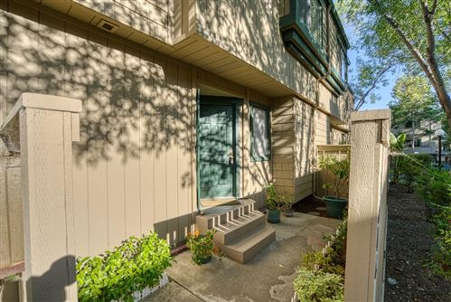 Photo of 384 Union Avenue #C, CAMPBELL, CA 95008 (MLS # ML81850233)