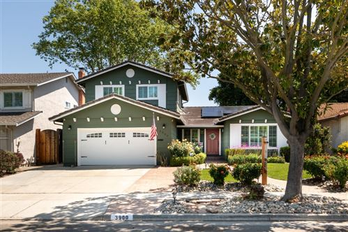 Photo of 3900 Thousand Oaks DR, SAN JOSE, CA 95136 (MLS # ML81840234)