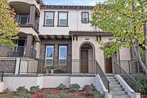 Photo of 4762 Portola Redwood Lane, SAN JOSE, CA 95124 (MLS # ML81867234)