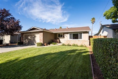 Photo of 5510 Woodhurst LN, SAN JOSE, CA 95123 (MLS # ML81813235)
