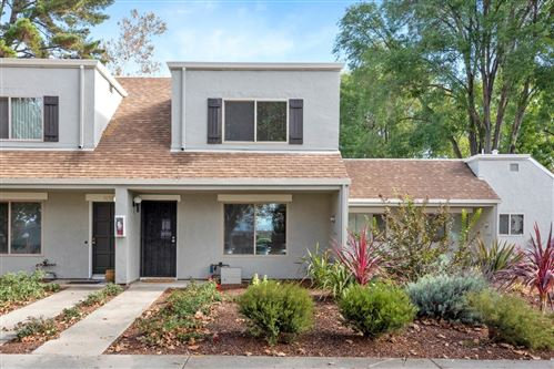 Photo of 2101 Olivegate LN, SAN JOSE, CA 95136 (MLS # ML81825240)