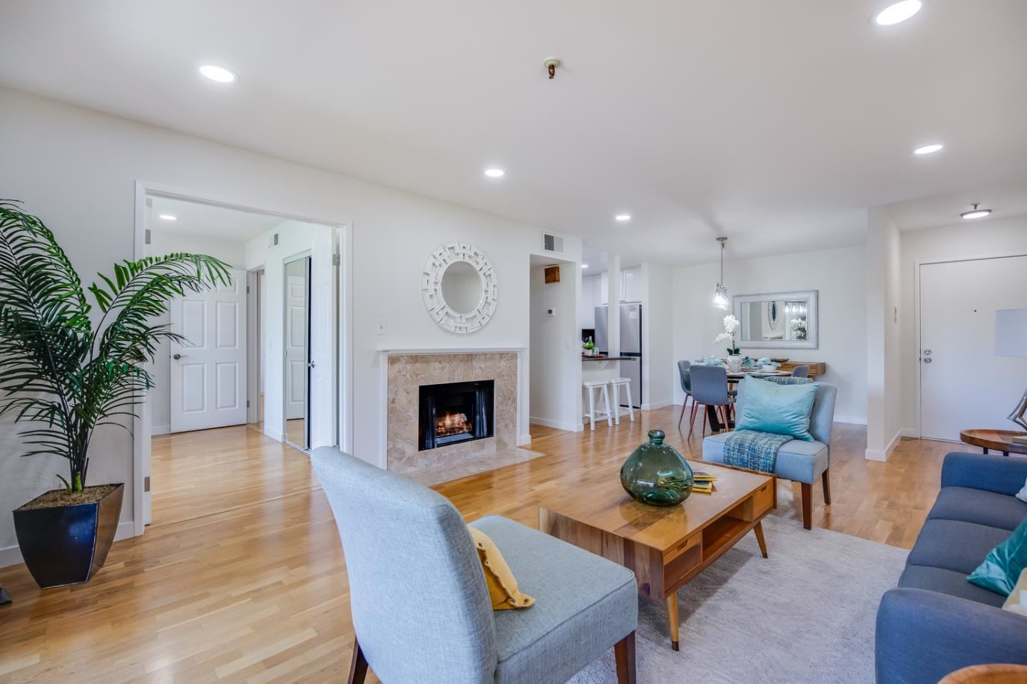 Photo for 49 Showers DR J318 #J318, MOUNTAIN VIEW, CA 94040 (MLS # ML81837243)