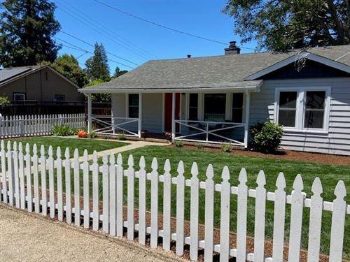 Photo of 867 Woodland Avenue, MENLO PARK, CA 94025 (MLS # ML81846244)