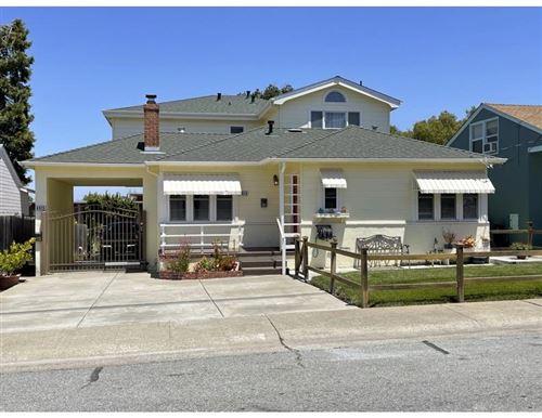 Photo of 4013 Beresford Street, SAN MATEO, CA 94403 (MLS # ML81850244)