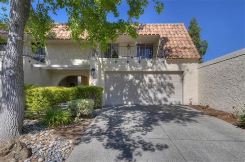 Photo of 251 Casitas Bulevar, LOS GATOS, CA 95032 (MLS # ML81794245)