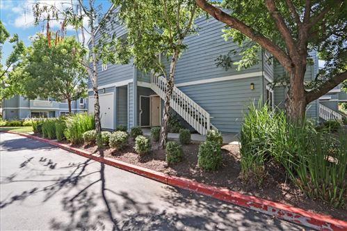 Photo of 1501 Four Oaks Circle, SAN JOSE, CA 95131 (MLS # ML81855246)