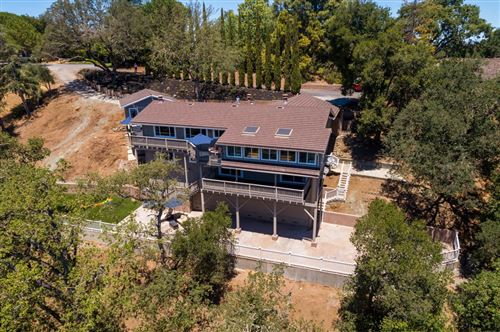 Photo of 11824 Hilltop DR, LOS ALTOS HILLS, CA 94024 (MLS # ML81796249)