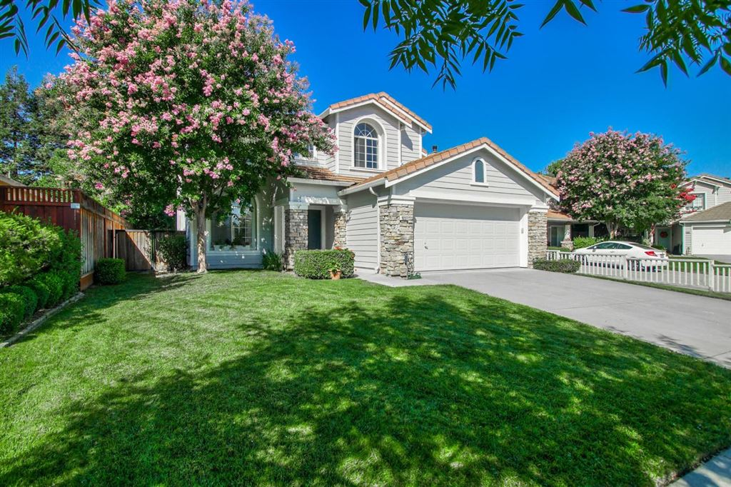Photo for 9227 Twinberry WAY, GILROY, CA 95020 (MLS # ML81763249)