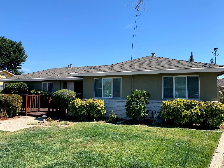 Photo for 1724 Isabel DR, SAN JOSE, CA 95125 (MLS # ML81803249)