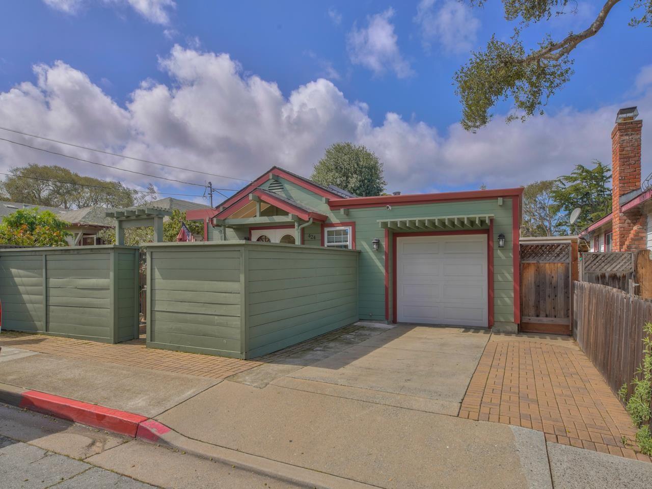 Photo for 424 Casa Verde WAY, MONTEREY, CA 93940 (MLS # ML81834250)