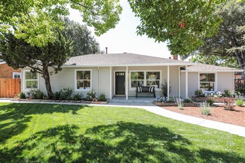 Photo of 927 Barbara AVE, MOUNTAIN VIEW, CA 94040 (MLS # ML81801251)