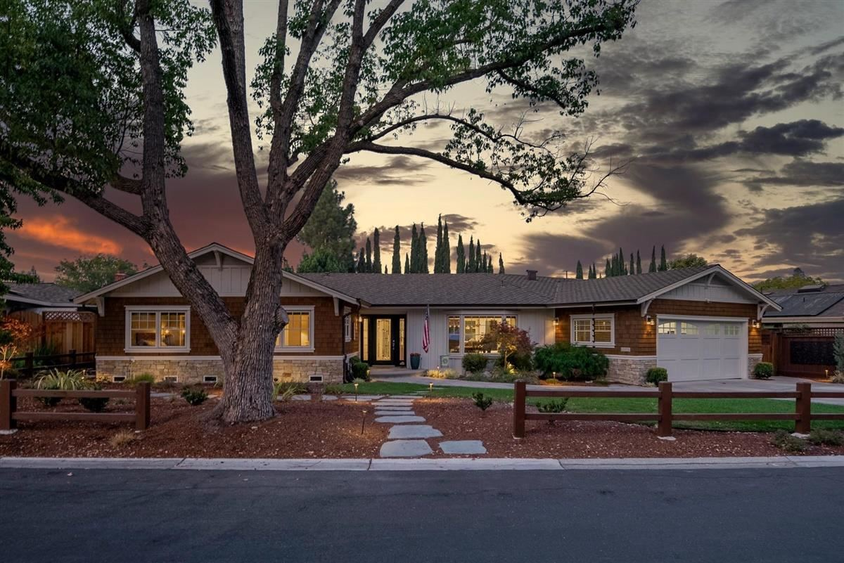 Photo for 156 Westhill DR, LOS GATOS, CA 95032 (MLS # ML81820252)