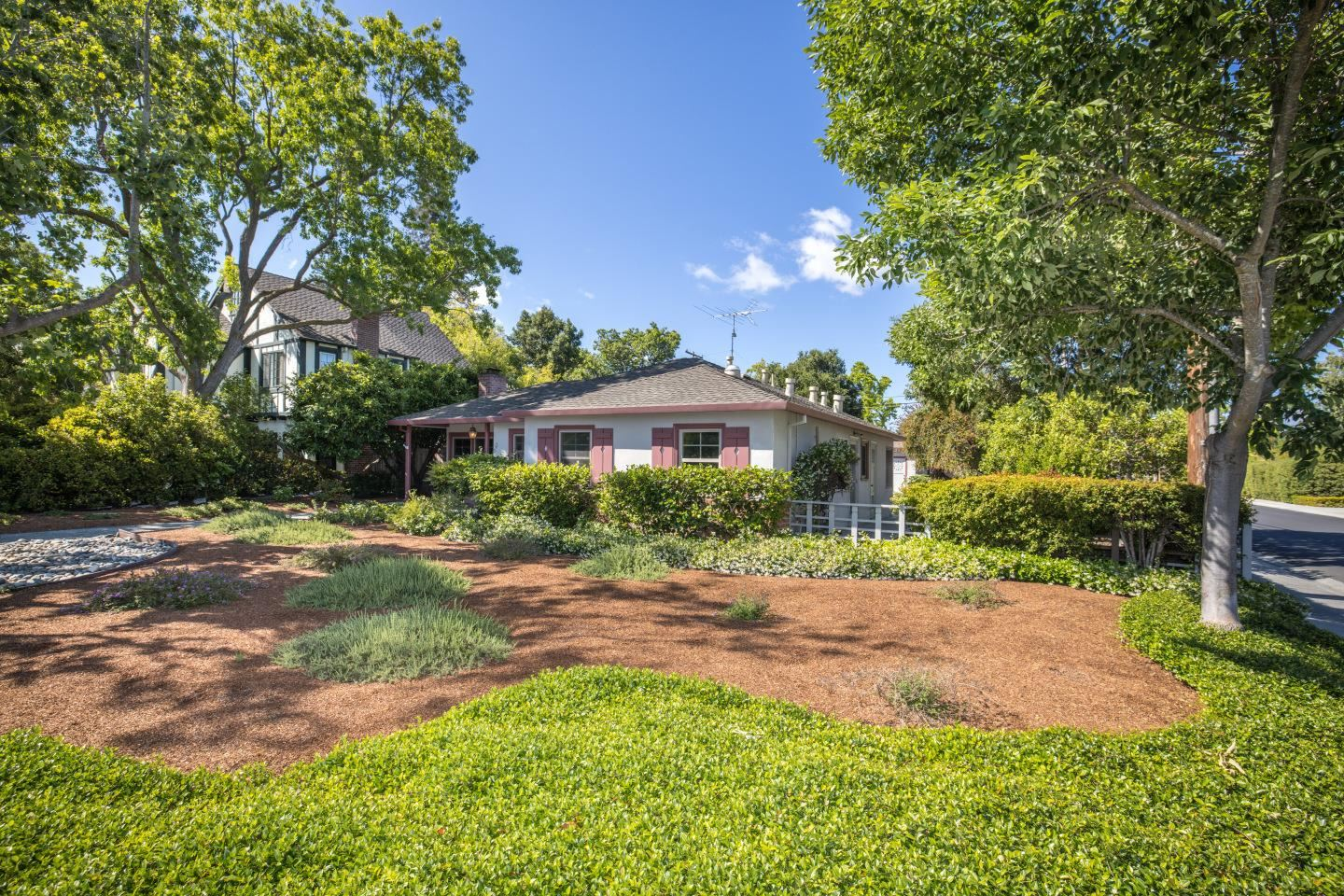 Photo for 2800 South Court, PALO ALTO, CA 94306 (MLS # ML81848252)