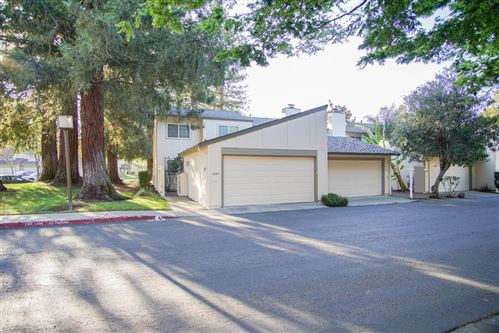 Photo of 1047 Forest Knoll DR, SAN JOSE, CA 95129 (MLS # ML81837253)