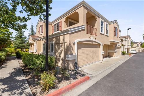 Photo of 848 Monarch Circle, SAN JOSE, CA 95138 (MLS # ML81845254)