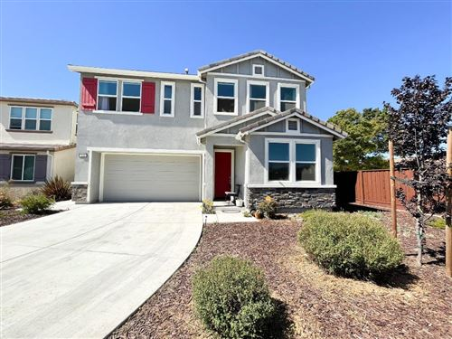 Photo of 121 Damasco LN, HOLLISTER, CA 95023 (MLS # ML81839255)