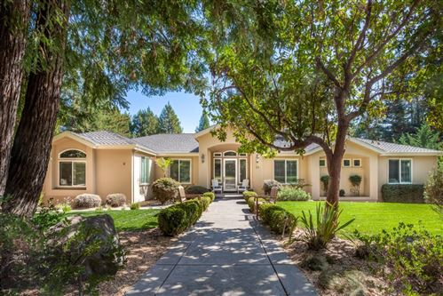 Photo of 20 Ridgecrest LN, SCOTTS VALLEY, CA 95066 (MLS # ML81815256)