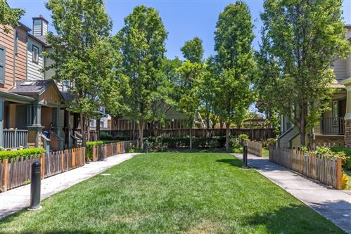 Photo of 192 Wiley Terrace, MOUNTAIN VIEW, CA 94043 (MLS # ML81850257)