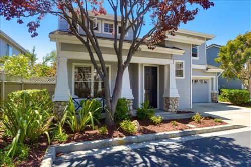 Photo of 104 Sotocastle LN, BELMONT, CA 94002 (MLS # ML81801258)
