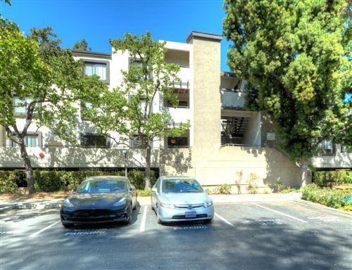 Photo of 880 East Fremont Avenue #403, SUNNYVALE, CA 94087 (MLS # ML81855259)