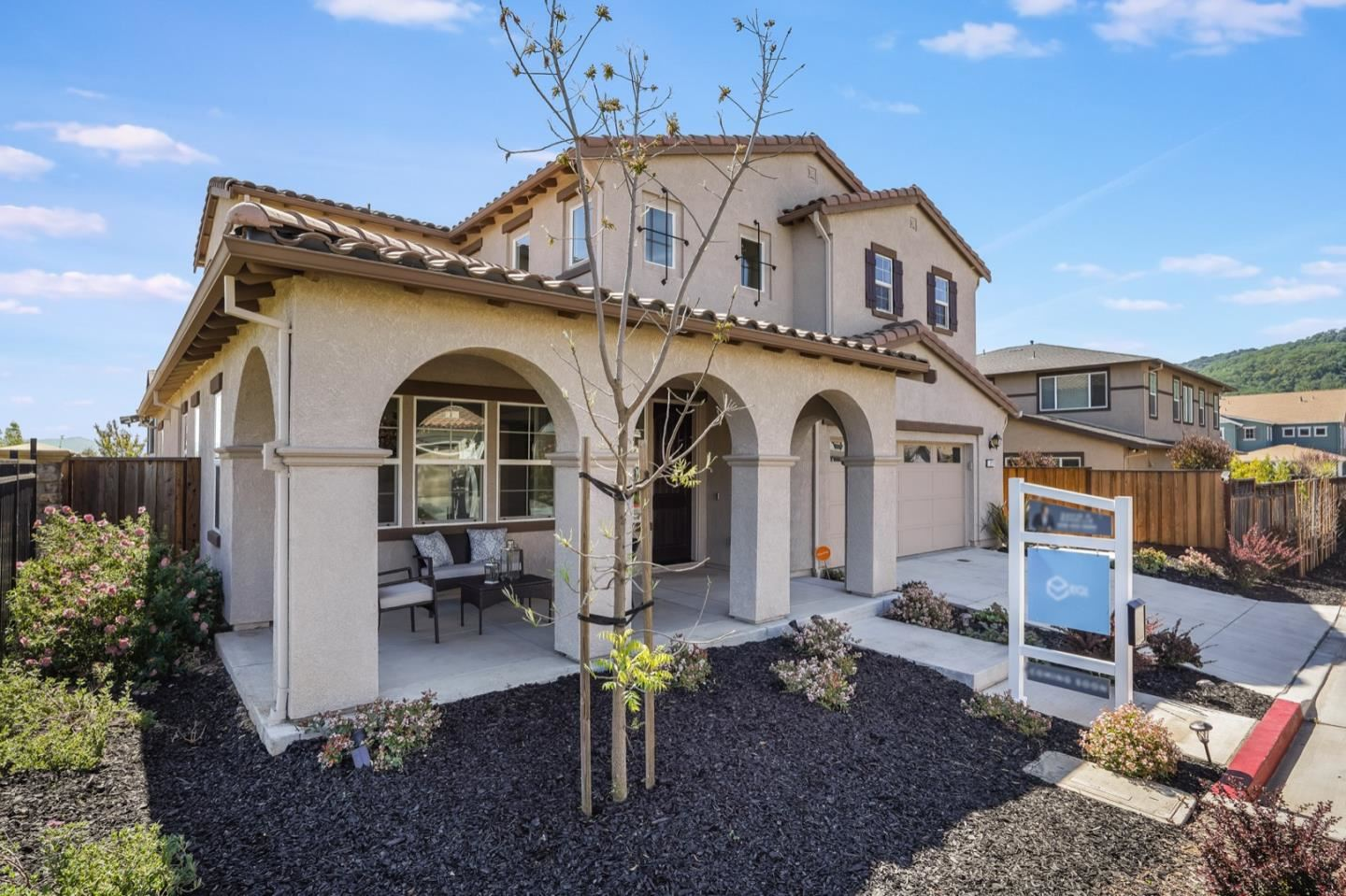 Photo for 1217 Viognier Way, GILROY, CA 95020 (MLS # ML81838260)