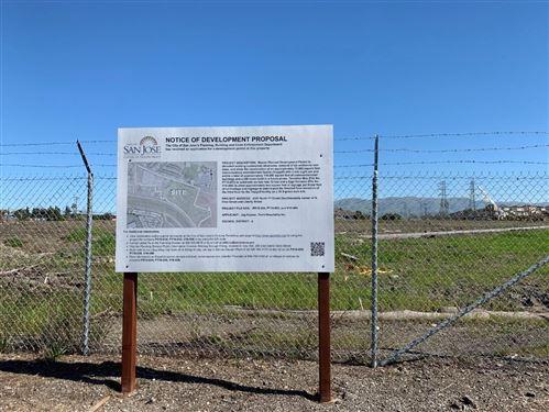 Photo of 1207 Moffat ST, SAN JOSE, CA 95002 (MLS # ML81819262)