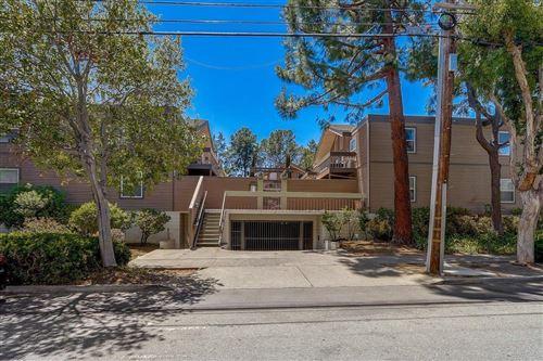 Photo of 772 Walnut Street #17, SAN CARLOS, CA 94070 (MLS # ML81853262)