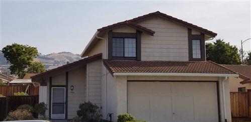 Photo of 3166 Oakgate Way, SAN JOSE, CA 95148 (MLS # ML81867262)