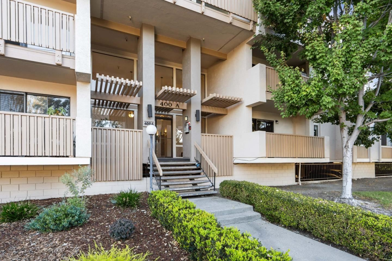 Photo for 400 Ortega Avenue #107, MOUNTAIN VIEW, CA 94040 (MLS # ML81864262)