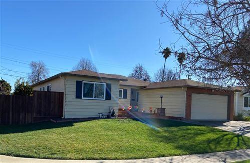 Photo of 4202 La Cosa AVE, FREMONT, CA 94536 (MLS # ML81826263)