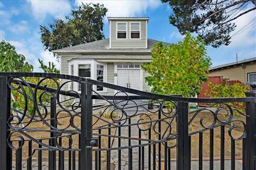 Photo of 31 Northumberland Avenue, REDWOOD CITY, CA 94063 (MLS # ML81867263)