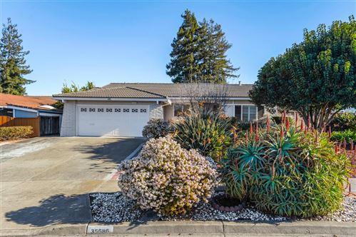 Photo of 35686 Farnham DR, NEWARK, CA 94560 (MLS # ML81828265)