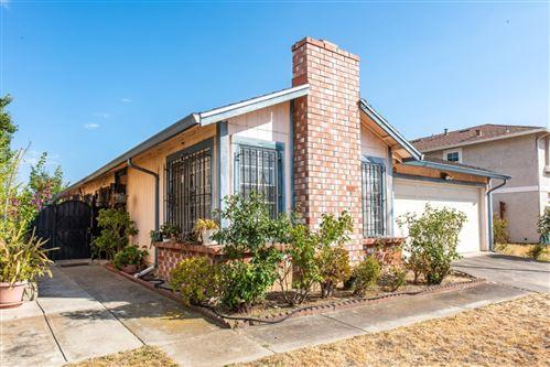 Photo of 1992 Edgebank Drive, SAN JOSE, CA 95122 (MLS # ML81854266)